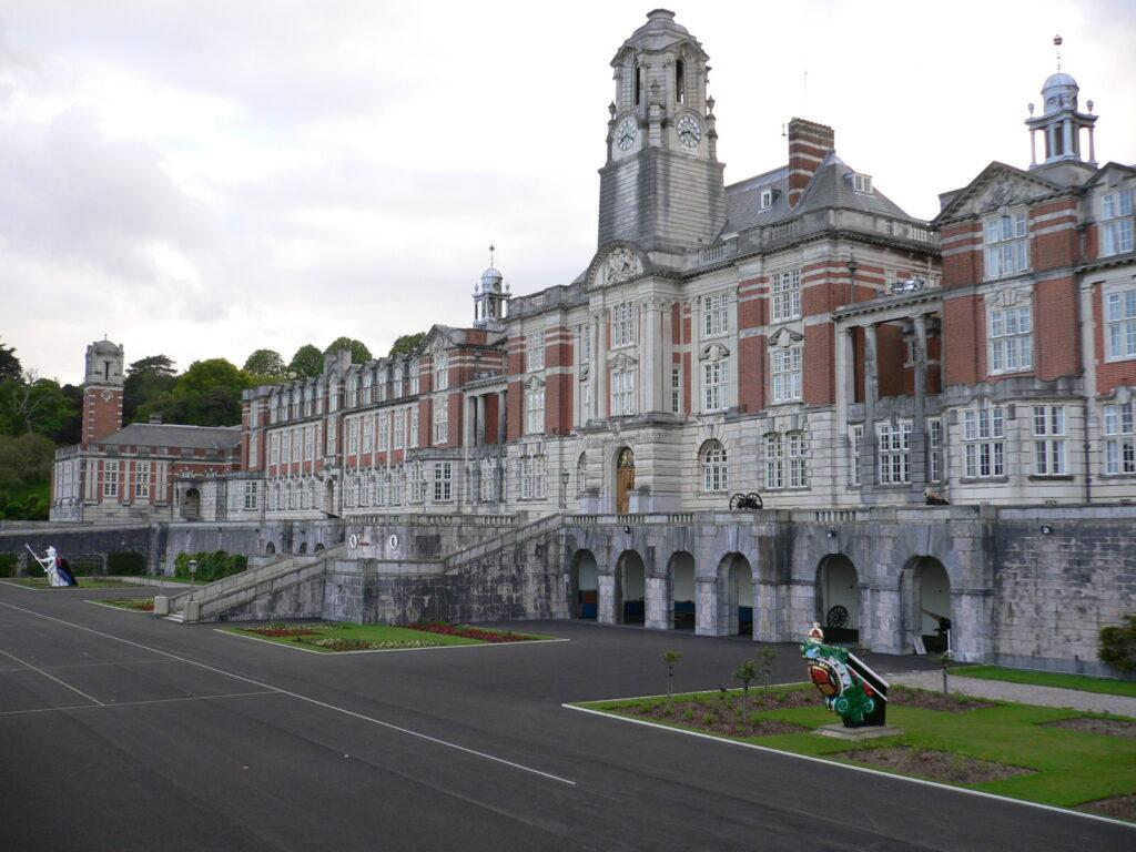 Imagen de la Royal Naval Colleage en Dartmouth donde estudió el Príncipe Philip para ser cadete