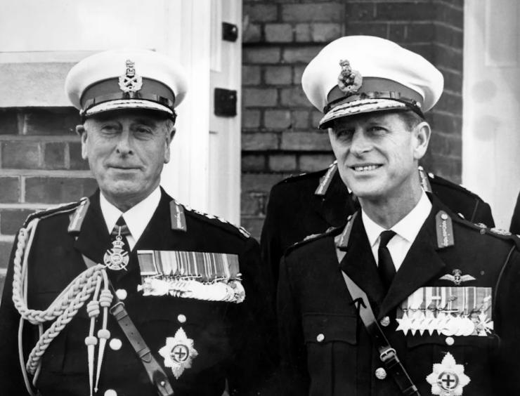 Imagen del Príncipe Philip con Louis Mountbatten